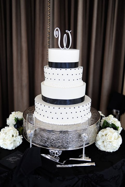 black_and_white_cake_22