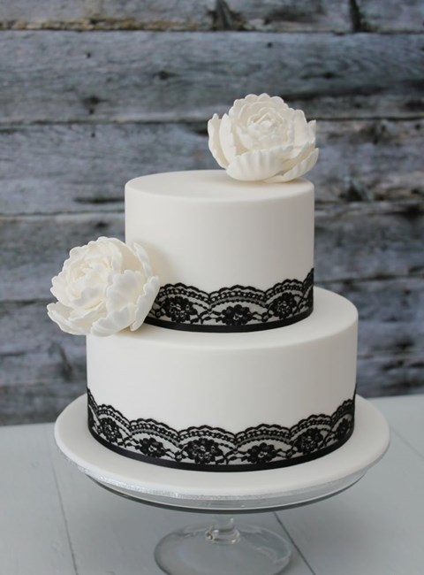 black_and_white_cake_23