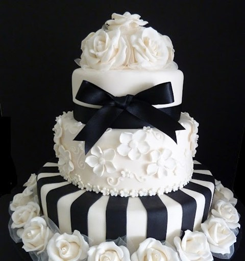 black_and_white_cake_31