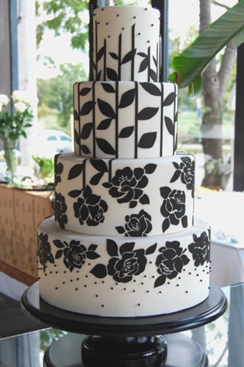 black_and_white_cake_33
