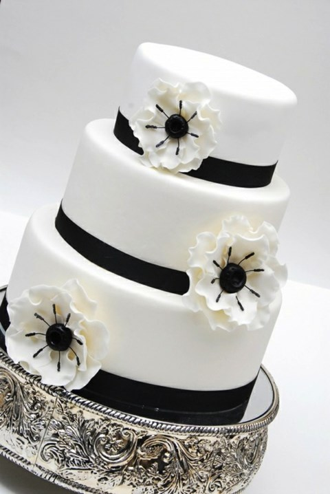 black_and_white_cake_38