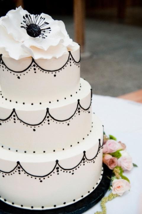 black_and_white_cake_46
