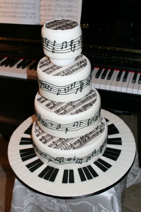 black_and_white_cake_47