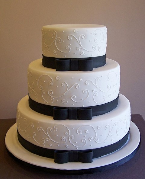 black_and_white_cake_49