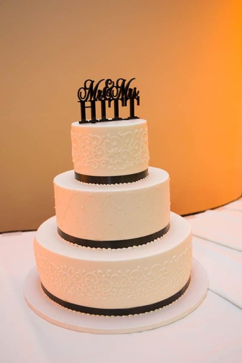 black_and_white_cake_52