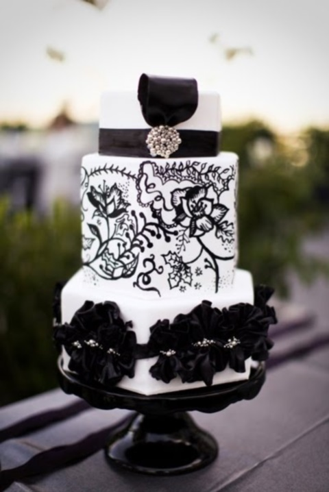 black_and_white_cake_61