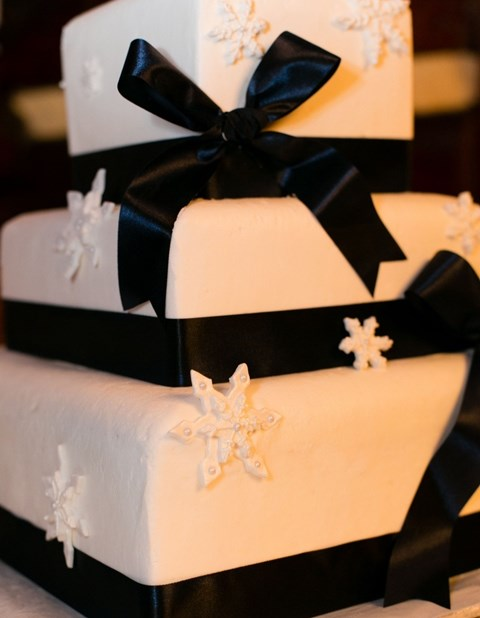black_and_white_cake_62