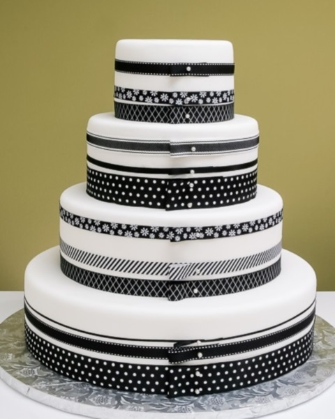 black_and_white_cake_63
