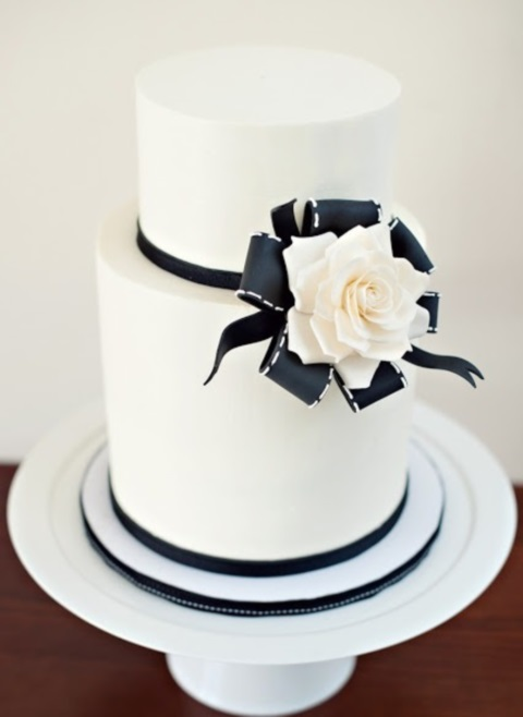 black_and_white_cake_65