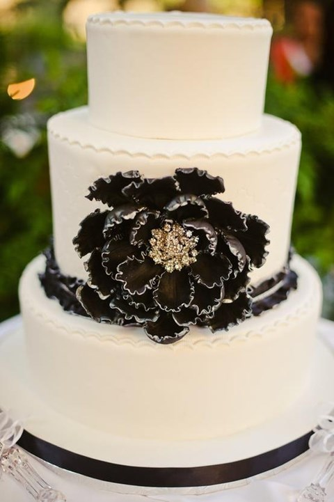 black_and_white_cake_70