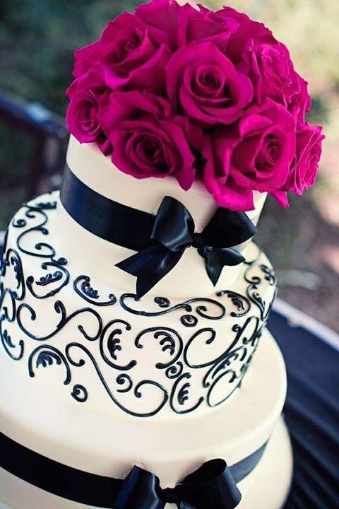 black_and_white_cake_79
