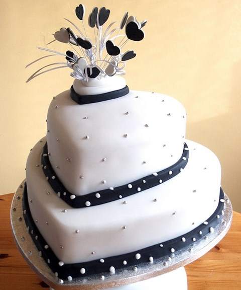 black_and_white_cake_81