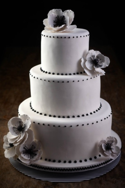 black_and_white_cake_82