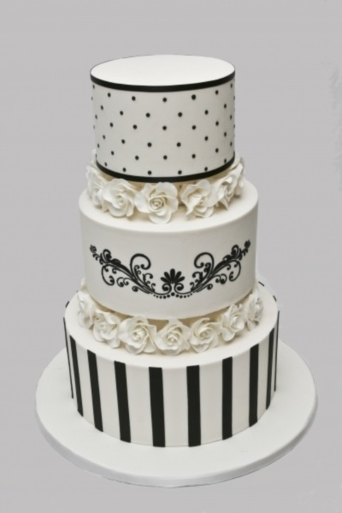 black_and_white_cake_85