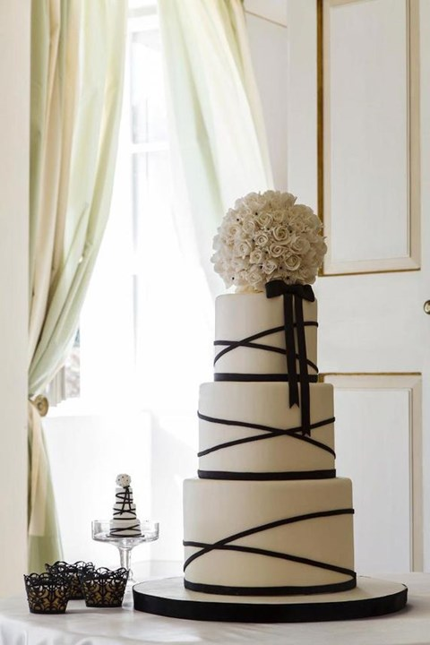 black_and_white_cake_89