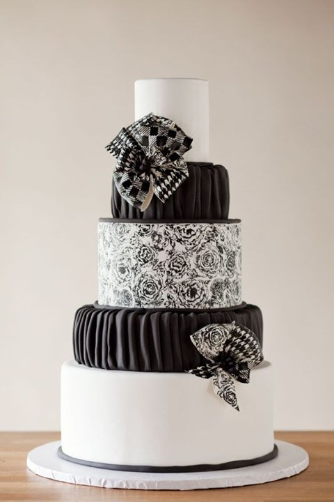 black_and_white_cake_95