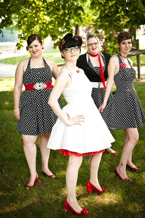chic-polka-dot-bridesmaids-dresses-10