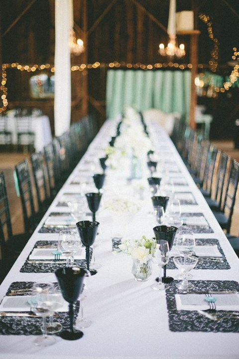 elegant-black-and-white-table-settings-13