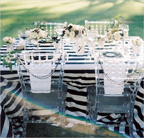 elegant-black-and-white-table-settings-14