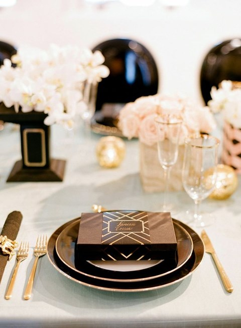 elegant-black-and-white-table-settings-16
