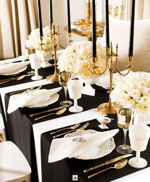 elegant-black-and-white-table-settings-21