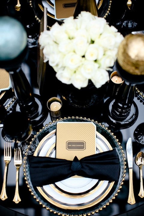elegant-black-and-white-table-settings-28