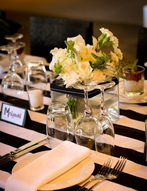 elegant-black-and-white-table-settings-34