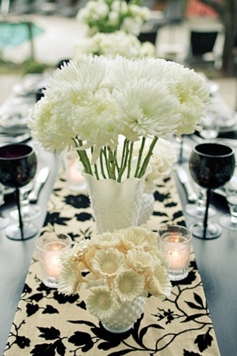 elegant-black-and-white-table-settings-39