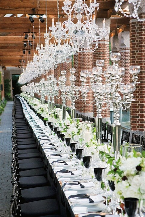 elegant-black-and-white-table-settings-41