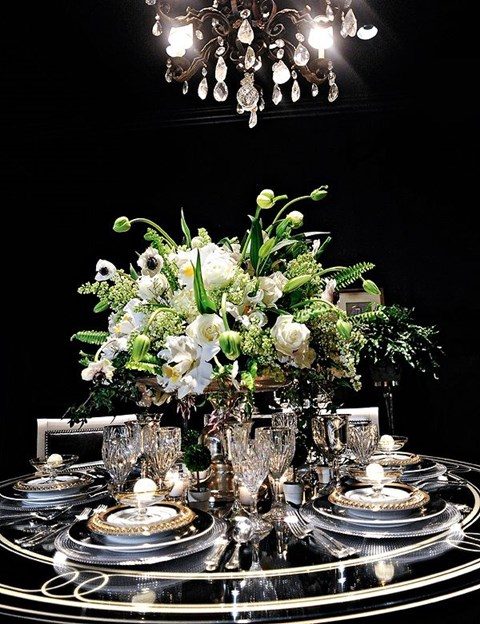 elegant-black-and-white-table-settings-43