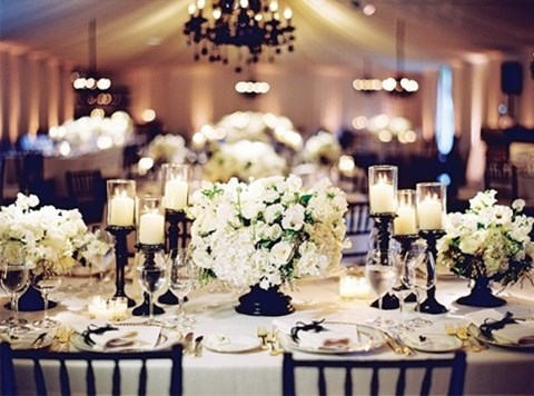elegant-black-and-white-table-settings-44