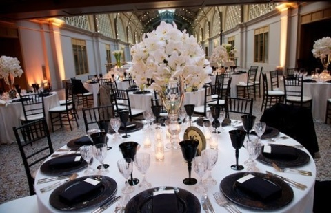 elegant-black-and-white-table-settings-58