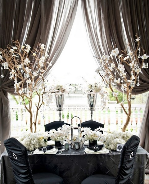 elegant-black-and-white-table-settings-8