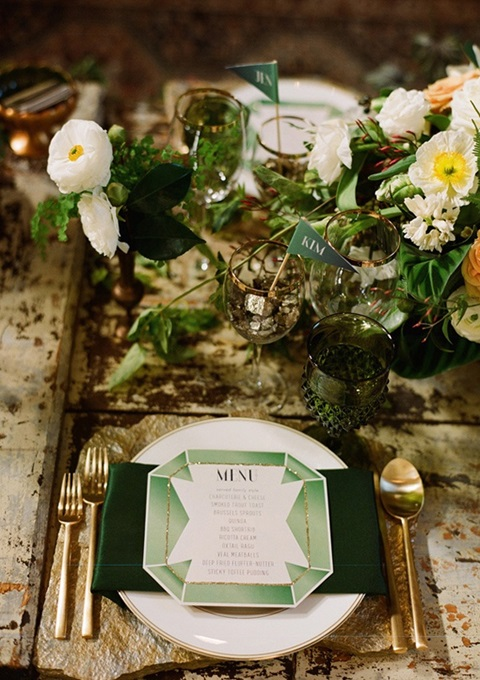 green and gold wedding color ideas 34