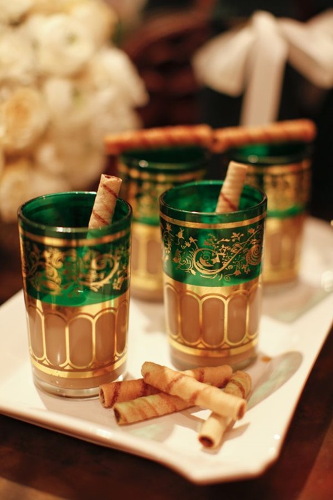 green and gold wedding color ideas 35