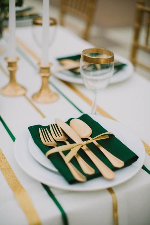 wedding colors of emerald and gold 27