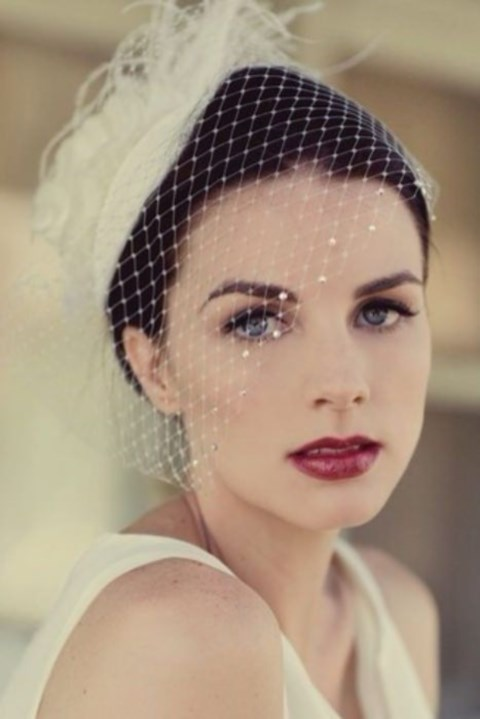 gorgeous-winter-bridal-makeup-examples-26