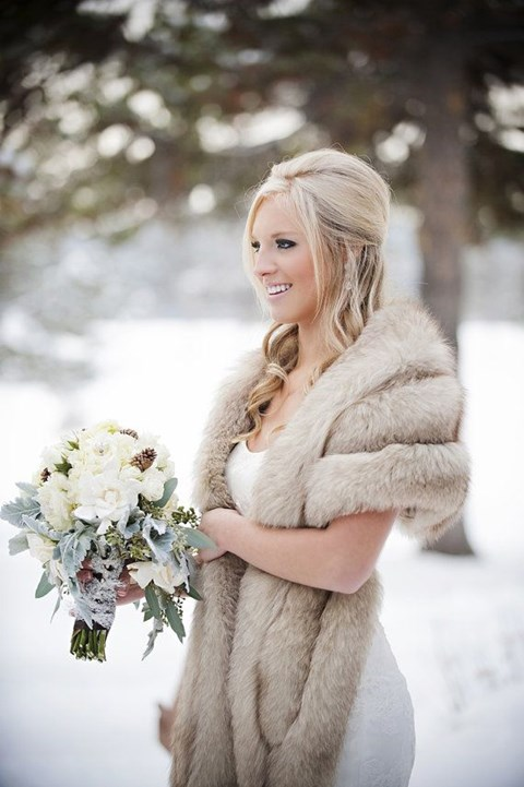 gorgeous-winter-bridal-makeup-examples-3