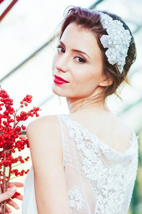 gorgeous-winter-bridal-makeup-examples-40