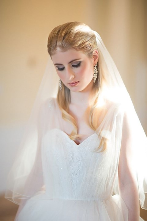 gorgeous-winter-bridal-makeup-examples-41