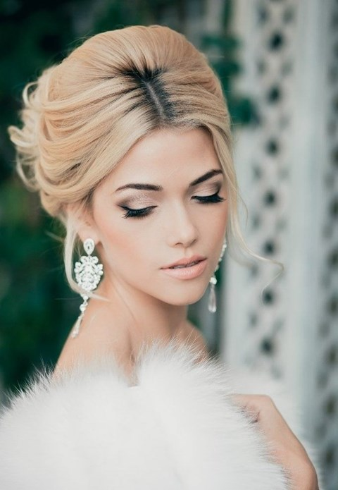 gorgeous-winter-bridal-makeup-examples-9
