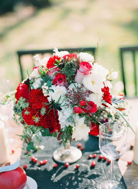 inspiring-winter-wedding-centerpieces-youll-love-45