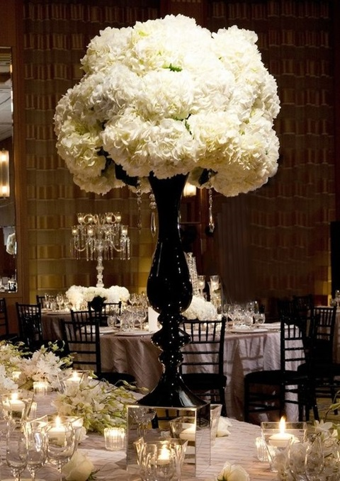 White Carnation Centerpiece : Cool black and white wedding centerpieces happywedd