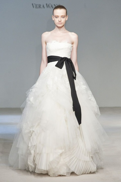 51 Super Elegant Black And White Wedding Dresses