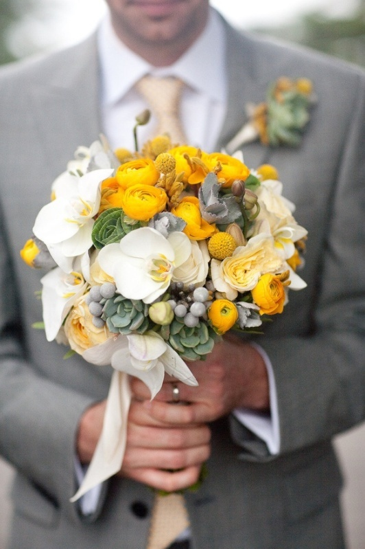 grey and yellow wedding ideas 02