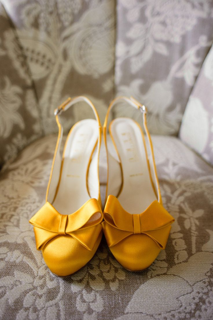grey and yellow wedding ideas 11