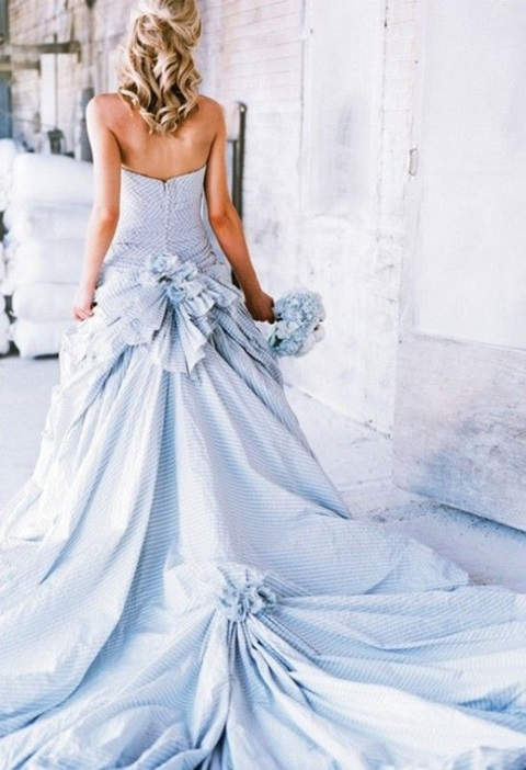 romantic-pastel-wedding-gowns-24