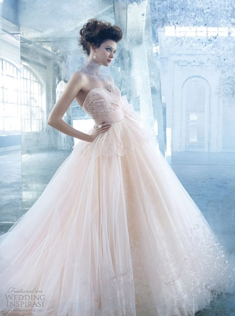 romantic-pastel-wedding-gowns-29