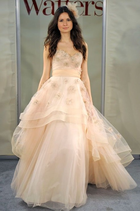 romantic-pastel-wedding-gowns-40