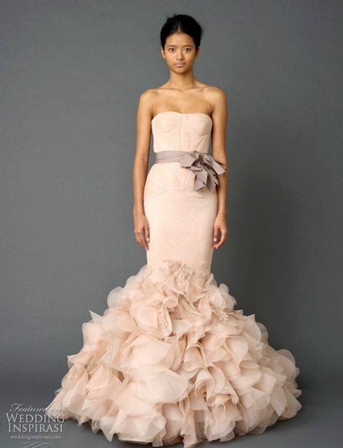 romantic-pastel-wedding-gowns-45
